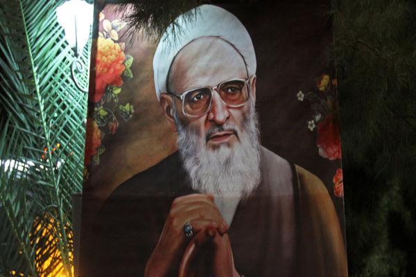 علامه حسن زاده گاهی برای طرح یک بحث، تمام قرآن را تلاوت میکرد